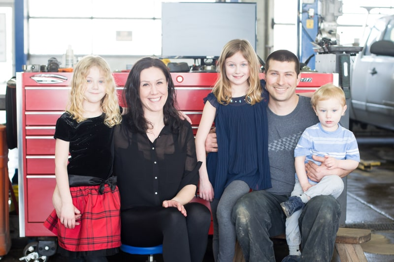 photo of market mall auto repair's owners and family